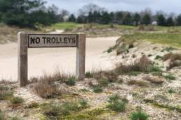 Bordje 'geen trolleys' Goyer Golf & Country Club