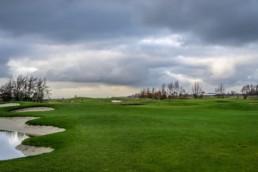 De greens van hole 10, 11 en 17 op Golfbaan Dirkshorn